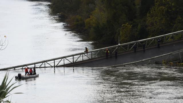 Le pont effondré au dessus du Tarn