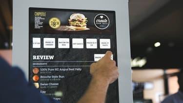 Des écrans tactiles équipent déjà des restaurants. C'est notamment le cas en France.