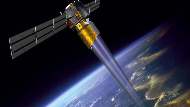 """SpaceX a expliqué qu'un """"bug"""" dans le système de communication, ne permettait pas au satellite d'être informé du risque de collision"""