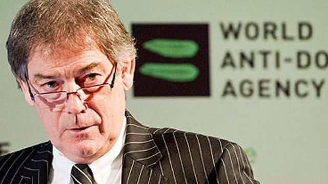 David Howman, directeur général de l'AMA, met la pression sur Armstrong