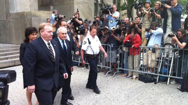 Selon Bloomberg TV Dle procureur accepterait la mise en liberté sur parole de DSK