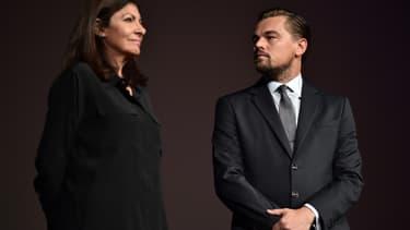 Anne Hidalgo et Leonardo DCarprio, à Paris, en octobre 2016.