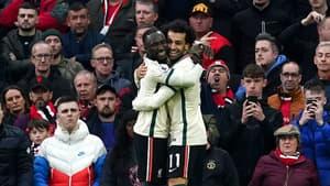 Naby Keita et Mohamed Salah face à Manchester United