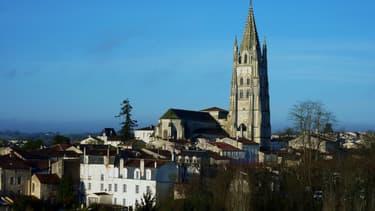 La cathédrale de Saintes vue depuis la colline St Eutrope