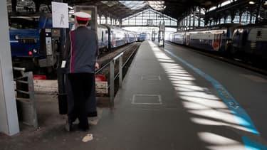 Environ 25 agents de départ de la SNCF rattachés à la gare Saint-Lazare étaient fichés.