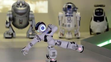 Quelques robots, dont le Français Nao, mis au point par Aldebaran, au Musée du robot de Madrid.