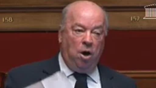Jean-Pierre Door à la tribune de l'Assemblée nationale.
