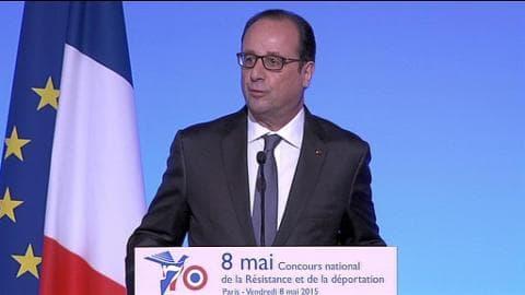 """Commémoration du 8 mai: """" Les guerres n'ont pas disparu"""", rappelle Hollande"""