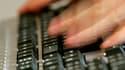 Un rapport remis mardi au gouvernement par le Crédoc (Centre de recherche pour l'étude et l'observation des conditions de vie) et l'IFM (Institut français de la mode) épingle les pratiques des sites de ventes sur internet en matière de soldes. Les pratiqu