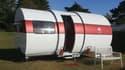 Lorsqu'elle est totalement déployée, la caravane offre 12 mètres carrées de surface habitable.
