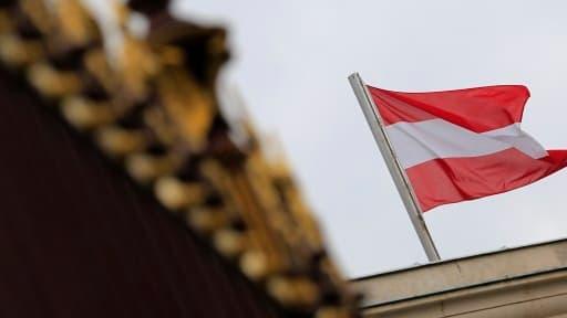 Le gouvernement autrichien a cédé après de grandes manifestations, et a augmenté ses fonctionnaires.