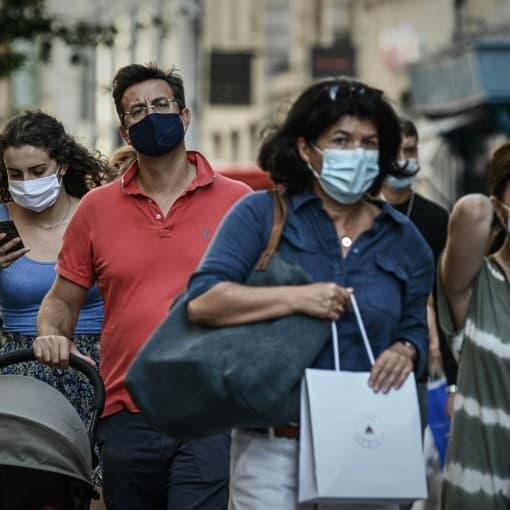 EN DIRECT - Charente-Maritime: le masque de nouveau obligatoire en extérieur dans 45 communes touristiques