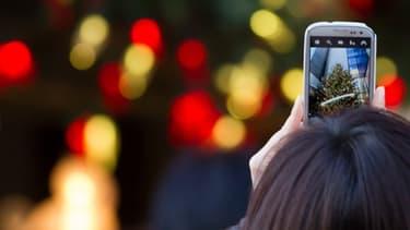 Les smartphones sont de plus en plus utilisés pour prendre des photographies au quotidien.