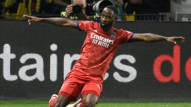 La joie de l'attaquant lyonnais Moussa Dembélé, auteur de l'unique but du match de Ligue 1 face à Nantes, le 27 août 2021 au Stade de La Beaujoire
