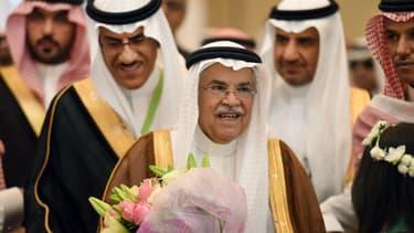 Le ministre du pétrole saoudien, Ali Al-Naïmi, pourrait marquer la prochaine réunion de l'OPEP avec une proposition globale de réduction de la production pétrolière à l'échelon mondial.