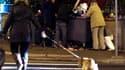 Dans une rue de Nice. Le Premier ministre Jean-Marc Ayrault dévoilera ce mardi un plan pluriannuel de lutte contre la pauvreté dans un contexte de crise économique qui a fait exploser la précarité en France. /Photo prise le 10 décembre 2012/REUTERS/Eric G