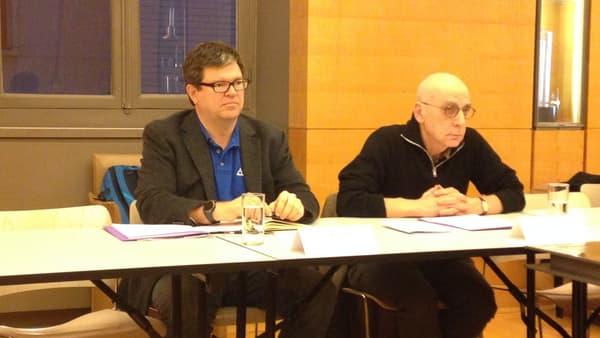 Yann LeCun et l'administrateur du Collège de France Alain Prochiantz au Collège de France lors d'une conférence de presse.