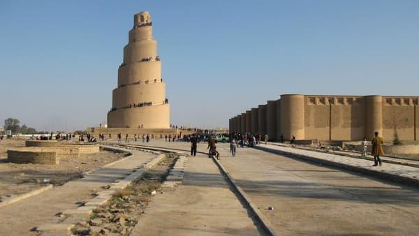 Le minaret de Samarra, en Irak, bientôt menacé par Daesh?