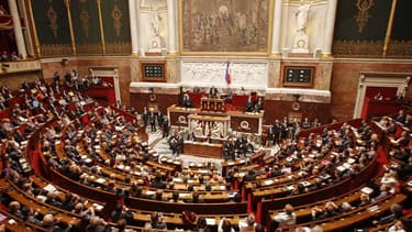 Les députés français ont procédé jeudi à l'élection des présidents des huit commissions permanentes de l'Assemblée nationale et, comme prévu, tous les candidats PS ont été élus. Ils présideront donc toutes les commissions à l'exception de celle des Financ