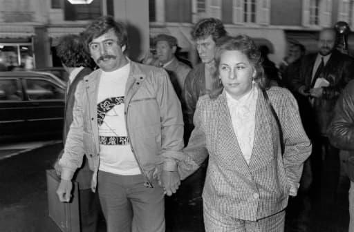 Bernard Laroche et son épouse Marie-Ange Laroche arrivent au Palais de Justice d'Epinal, le 25 mars 1985
