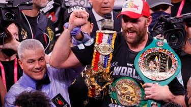 Tyson Fury après sa victoire sur Deontay Wilder lors de leur troisième combat en octobre 2021