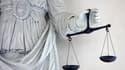 La cour d'assises du Val d'Oise a condamné mercredi à la réclusion à perpétuité avec une période de 22 ans de sûreté incompressible le meurtrier présumé d'une jeune fille dans le RER D en 2008, soit la peine maximale prévue par la loi. /Photo d'archives/R