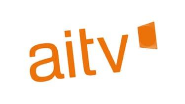 L'AITV produit des journaux quotidiens en français et en anglais.
