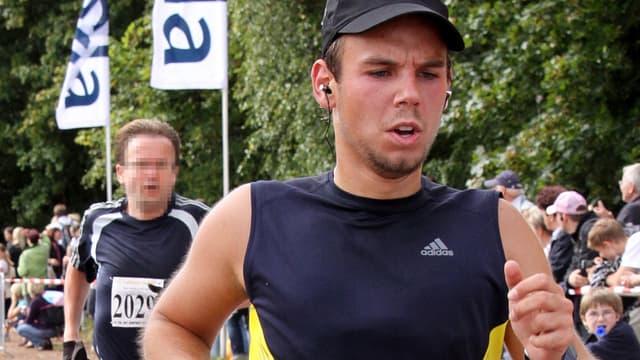 Andreas Lubitz avait mené plusieurs recherches sur internet portant sur le suicide et la sécurité des cockpits, quelques jours avant le crash de l'Airbus A320.
