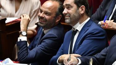 Le Premier ministre Édouard Philippe et le ministre de l'Intérieur Christophe Castaner à l'Assemblée nationale
