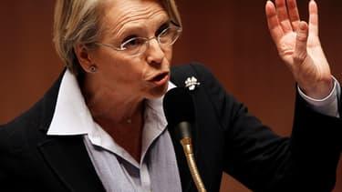 Michèle Alliot-Marie craint en Centrafrique une répétition de la situation au Mali.