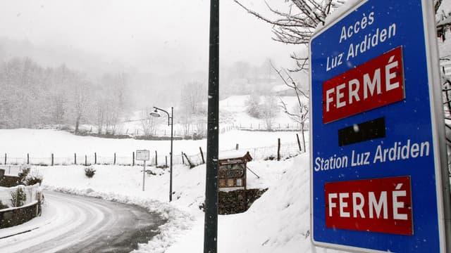 Un risque fort d'avalanche a été signalé lundi par Météo France