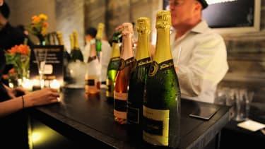 Ce soir, la plupart des Français ne feront pas la fête avec leurs voisins, selon plusieurs études.