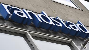 Randstad offre 3,40 dollars par action pour sa cible, soit une prime de 22,7% par rapport au cours de clôture de Monster lundi 8 août 2016 à Wall Street.