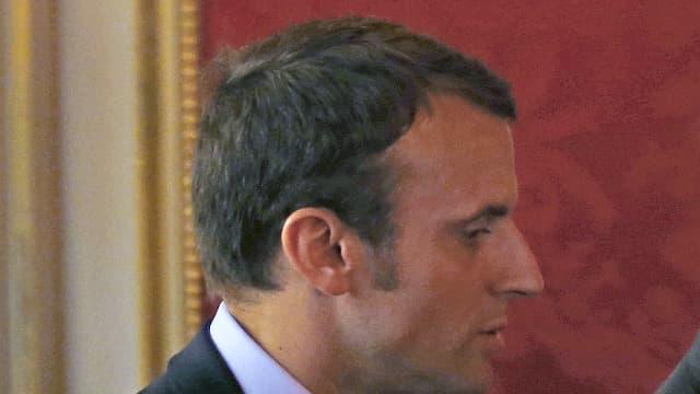 Emmanuel Macron et François Hollande, le 23 mai 2016.