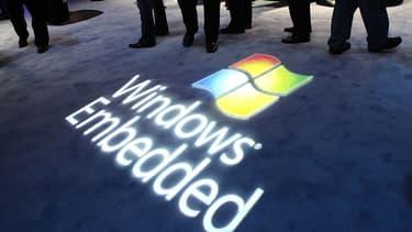 Windows « embedded », autrement dit incorporé. C'est bien la stratégie d'intégration exclusive des logiciels Microsoft dans les matériels informatiques que vise Bruxelles.