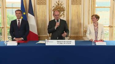 """Le Premier ministre Jean Castex a signé les accords du """"Ségur"""""""