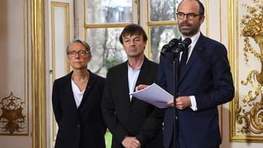 De gauche à droite, Elisabeth Borne, Nicolas Hulot et Edouard Philippe.