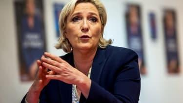 Marine Le Pen en conférence de presse le 14 juin 2017