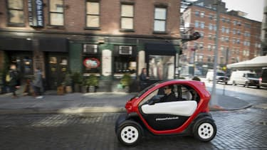Nissan a adapté le Renault Twizy pour en faire un véhicule d'auto-partage sous son propre badge.
