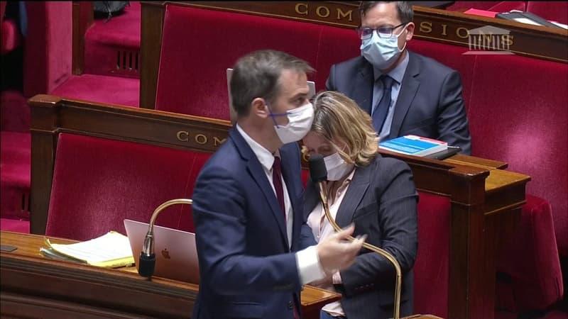 Pass sanitaire: à l'Assemblée nationale, Olivier Véran reproche à l'opposition de freiner les débats