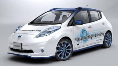 Le prototype autonome de Nissan Leaf commence ses phases de tests sur le bitume.