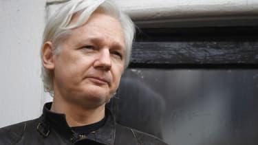 Le fondateur de Wikileaks, Julian Assange, à l'ambassade d'Equateur à Londres, le 19 mai 2017.