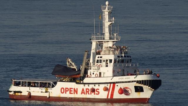 Cet été, le navire d'Open Arms a eu à plusieurs reprises à débarquer des migrants en Espagne après les refus des différents pays européens dont l'Italie et Malte