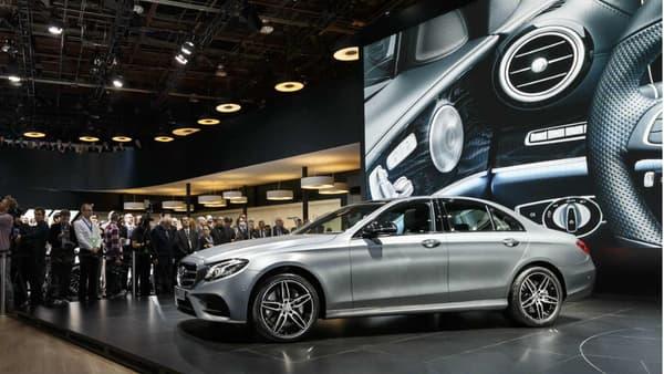 La nouvelle génération de la berline Mercedes Classe E a été dévoilée au salon de Détroit 2016.