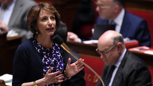 La ministre de la santé, Marisol Touraine, à l'Assemblée nationale, le 8 avril 2015