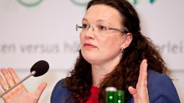 La nouvelle ministre du Travail, Andrea Nahles, a eu à peine six semaines pour mettre au point sa réforme.