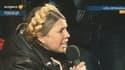 Ioulia Timochenko s'exprime face à la foule place Maidan à Kiev.