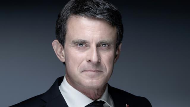 Manuel Valls photographié à Paris le 3 mai 2021