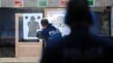Les policiers sont soumis au même régime que les citoyens concernant la légitime défense.