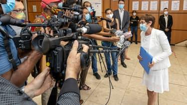 La ministre des Outre-mer, Annick Girardin, en déplacement en Guyane le 23 juin 2020, en pleine épidémie de coronavirus.